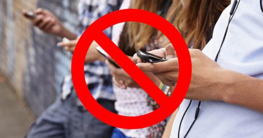Come tenere lontano i figli dal loro cellulare, tv e videogiochi